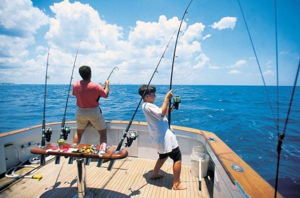 Яхты для рыбалки в Кофранс