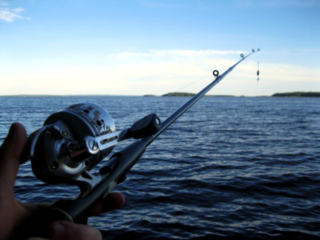 Рыбалка со спиннингом